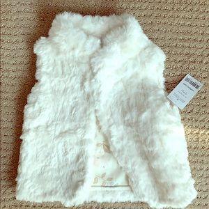 NWT faux fur vest 2T